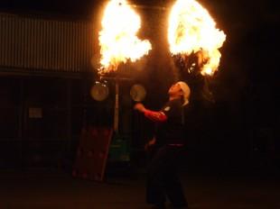 祭り イベント ファイヤー 灯火 ダンス